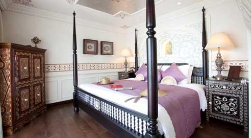 Noble Suites (2 units)