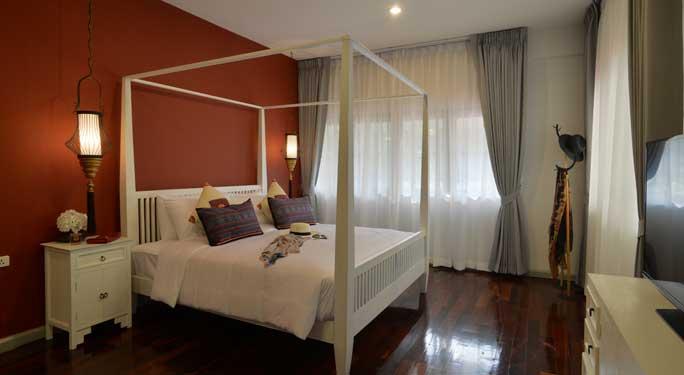 Master Bedroom (1 room)