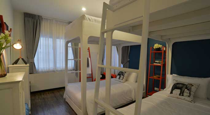 Twin Bedroom (2 rooms) and Bunk Bedroom (1 room)